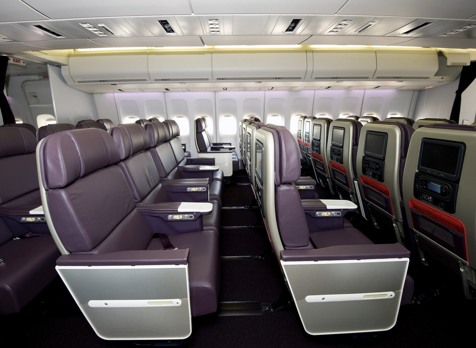 Virgin Atlantic 747 Premium Cabin Interior - Main Deck