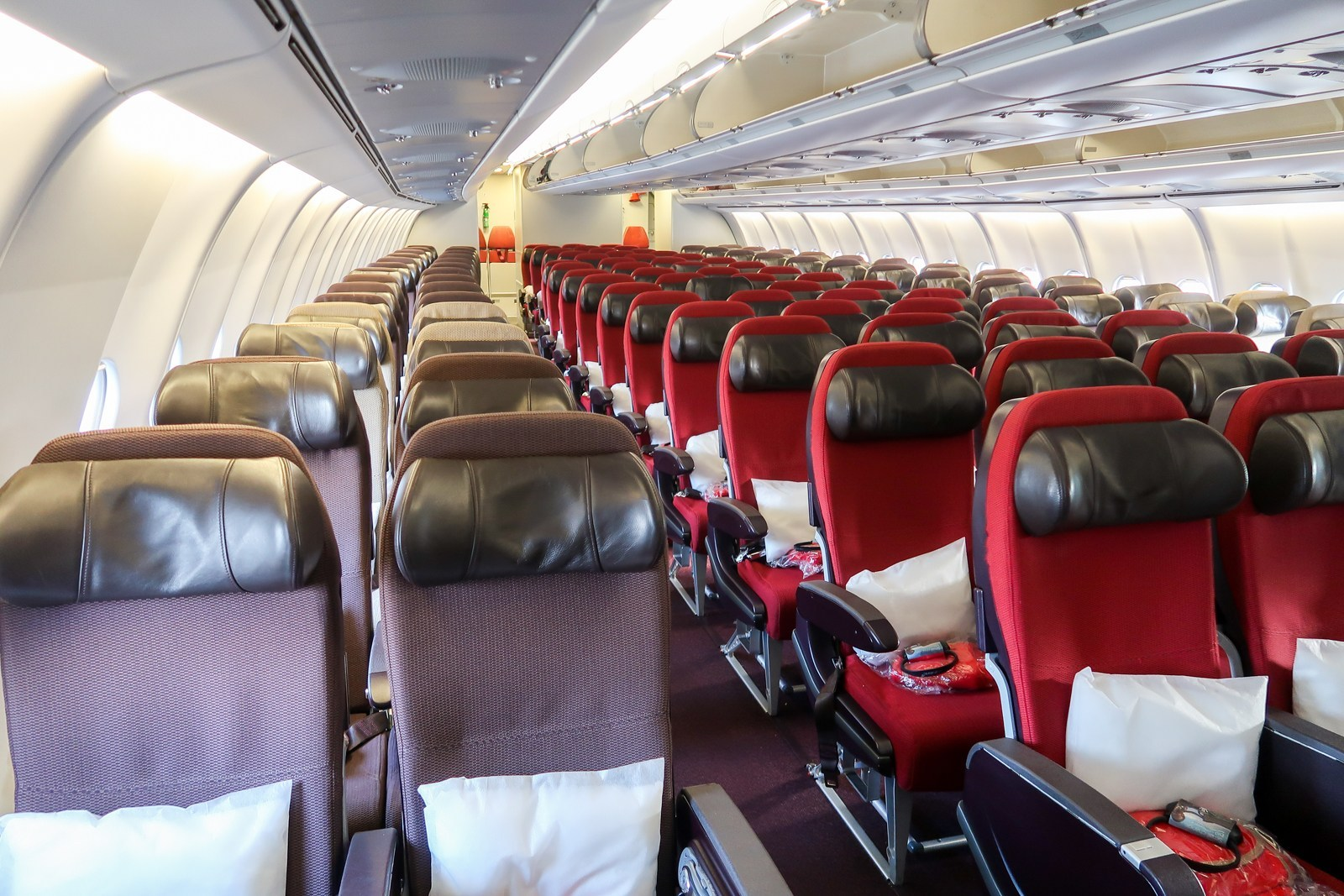 Virgin Atlantic A340-600 Economy Cabin Interior